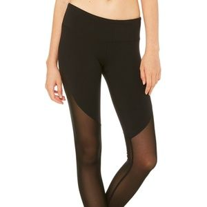 Alo Yoga - SHOW OFF LEGGING